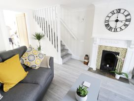 25 Shakespeare Street - Cotswolds - 982502 - thumbnail photo 3