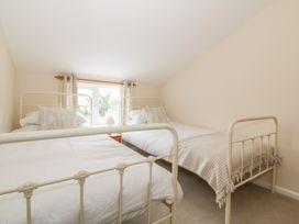 2 Hillside Cottages - Suffolk & Essex - 982521 - thumbnail photo 10