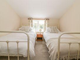 2 Hillside Cottages - Suffolk & Essex - 982521 - thumbnail photo 11