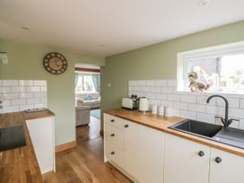 2 Hillside Cottages - Suffolk & Essex - 982521 - thumbnail photo 6