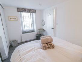 23 Chapel Street - North Wales - 982685 - thumbnail photo 19