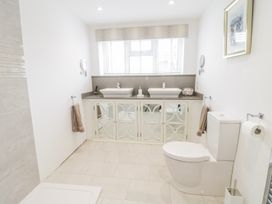 23 Chapel Street - North Wales - 982685 - thumbnail photo 25