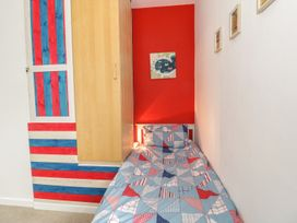 Swanage Bay Apartment - Dorset - 982712 - thumbnail photo 12