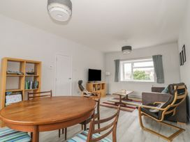 Swanage Bay Apartment - Dorset - 982712 - thumbnail photo 5