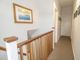 Swanage Bay Apartment - Dorset - 982712 - thumbnail photo 8