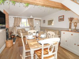 Herbies Cottage - Norfolk - 982782 - thumbnail photo 8