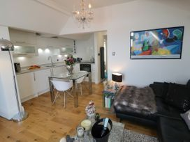 Flat 3, Peacehaven - Whitby & North Yorkshire - 982823 - thumbnail photo 5