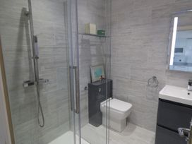 Flat 3, Peacehaven - Whitby & North Yorkshire - 982823 - thumbnail photo 14