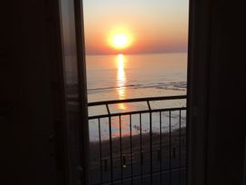 Flat 3, Peacehaven - Whitby & North Yorkshire - 982823 - thumbnail photo 21