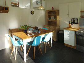2 Brook Cottages - Devon - 982905 - thumbnail photo 6
