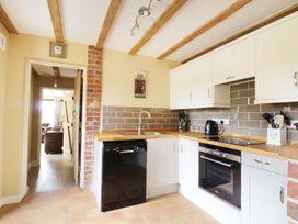 Upper Barn Annexe - Suffolk & Essex - 983181 - thumbnail photo 5