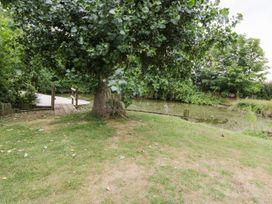 Upper Barn Annexe - Suffolk & Essex - 983181 - thumbnail photo 21