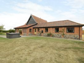 Upper Barn Annexe - Suffolk & Essex - 983181 - thumbnail photo 1