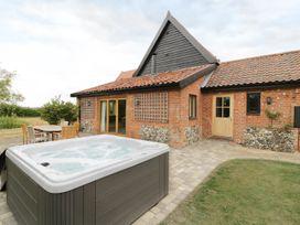 Upper Barn Annexe - Suffolk & Essex - 983181 - thumbnail photo 16