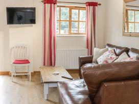 Old Hall Barn 1 - Shropshire - 983574 - thumbnail photo 5