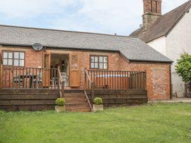 Old Hall Barn 1 - Shropshire - 983574 - thumbnail photo 1