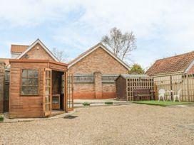 Lena Cottage - Whitby & North Yorkshire - 983609 - thumbnail photo 2