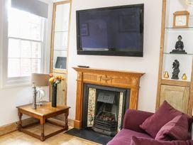 189 Abbey Foregate - Shropshire - 983807 - thumbnail photo 4