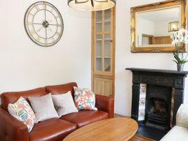 189 Abbey Foregate - Shropshire - 983807 - thumbnail photo 2