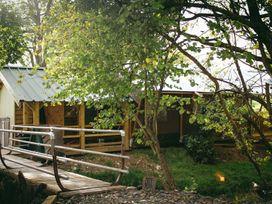 Stellar Safari Lodge - Mid Wales - 984103 - thumbnail photo 42