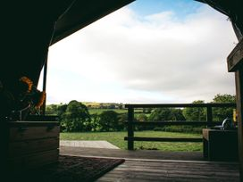 Stellar Safari Lodge - Mid Wales - 984103 - thumbnail photo 37