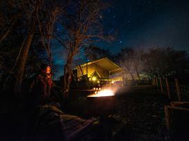Stellar Safari Lodge - Mid Wales - 984103 - thumbnail photo 48