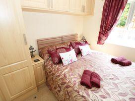 Poppy Lodge - South Wales - 984123 - thumbnail photo 7