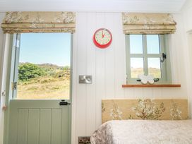 The Laburnum Retreat - Peak District - 984130 - thumbnail photo 16