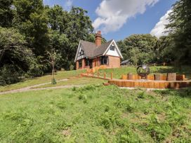 3 bedroom Cottage for rent in Epping Forest