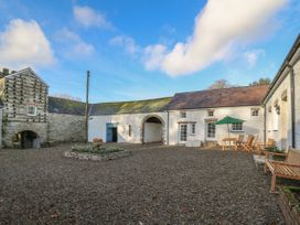 5 bedroom Cottage for rent in Kidwelly