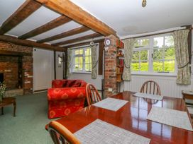 Beaumont's Cottage - Central England - 984689 - thumbnail photo 7