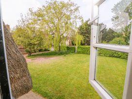 Beaumont's Cottage - Central England - 984689 - thumbnail photo 22