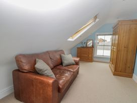 8 Wilton Road - Whitby & North Yorkshire - 984696 - thumbnail photo 20