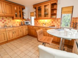Dee Heights Penthouse - North Wales - 984751 - thumbnail photo 9