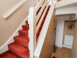 Dee Heights Penthouse - North Wales - 984751 - thumbnail photo 22