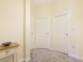 Apartment 3, 6 St Anns Apartments - North Wales - 984971 - thumbnail photo 16