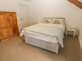 Neuadd - Anglesey - 984987 - thumbnail photo 24