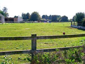 Bramleys - Somerset & Wiltshire - 9852 - thumbnail photo 9