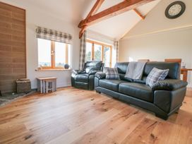 Lundy Lodge - Begwyns View - Mid Wales - 985504 - thumbnail photo 4