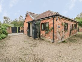 Lowbrook Cottage - Norfolk - 985810 - thumbnail photo 1