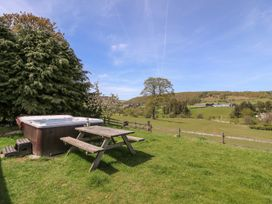 Glanyrafon Bungalow - Mid Wales - 985857 - thumbnail photo 22