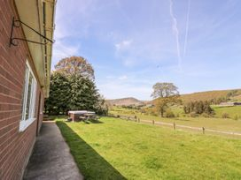 Glanyrafon Bungalow - Mid Wales - 985857 - thumbnail photo 3