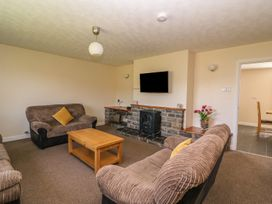 Glanyrafon Bungalow - Mid Wales - 985857 - thumbnail photo 5