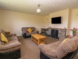 Glanyrafon Bungalow - Mid Wales - 985857 - thumbnail photo 6