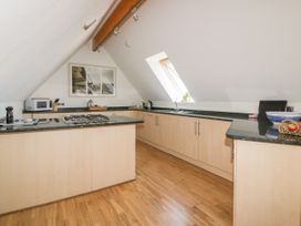 Pentowan Penthouse - Cornwall - 985870 - thumbnail photo 9
