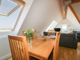 Pentowan Penthouse - Cornwall - 985870 - thumbnail photo 8