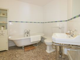 Pentowan Penthouse - Cornwall - 985870 - thumbnail photo 16