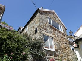 Hillcrest - North Yorkshire (incl. Whitby) - 985968 - thumbnail photo 2
