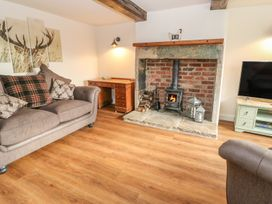 Boshaw Cottage - Peak District - 986042 - thumbnail photo 4