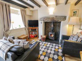 Hen Aelwyd yr Urdd - North Wales - 986172 - thumbnail photo 2